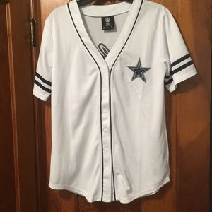 NWOT Dallas Cowboys Baseball Jersey